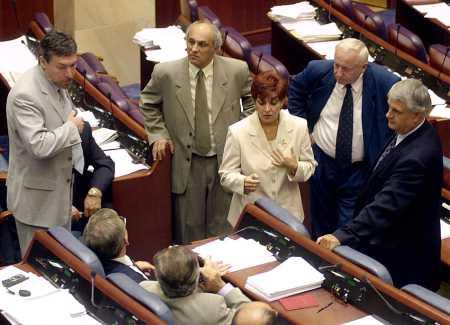 parliamentmaklawmakerssept17.jpg